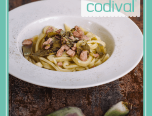 vinagreta de alcachofas y tallarines